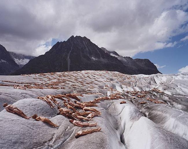 Greenpeace Aletsch Glacier photo shoot by Spencer Tunick